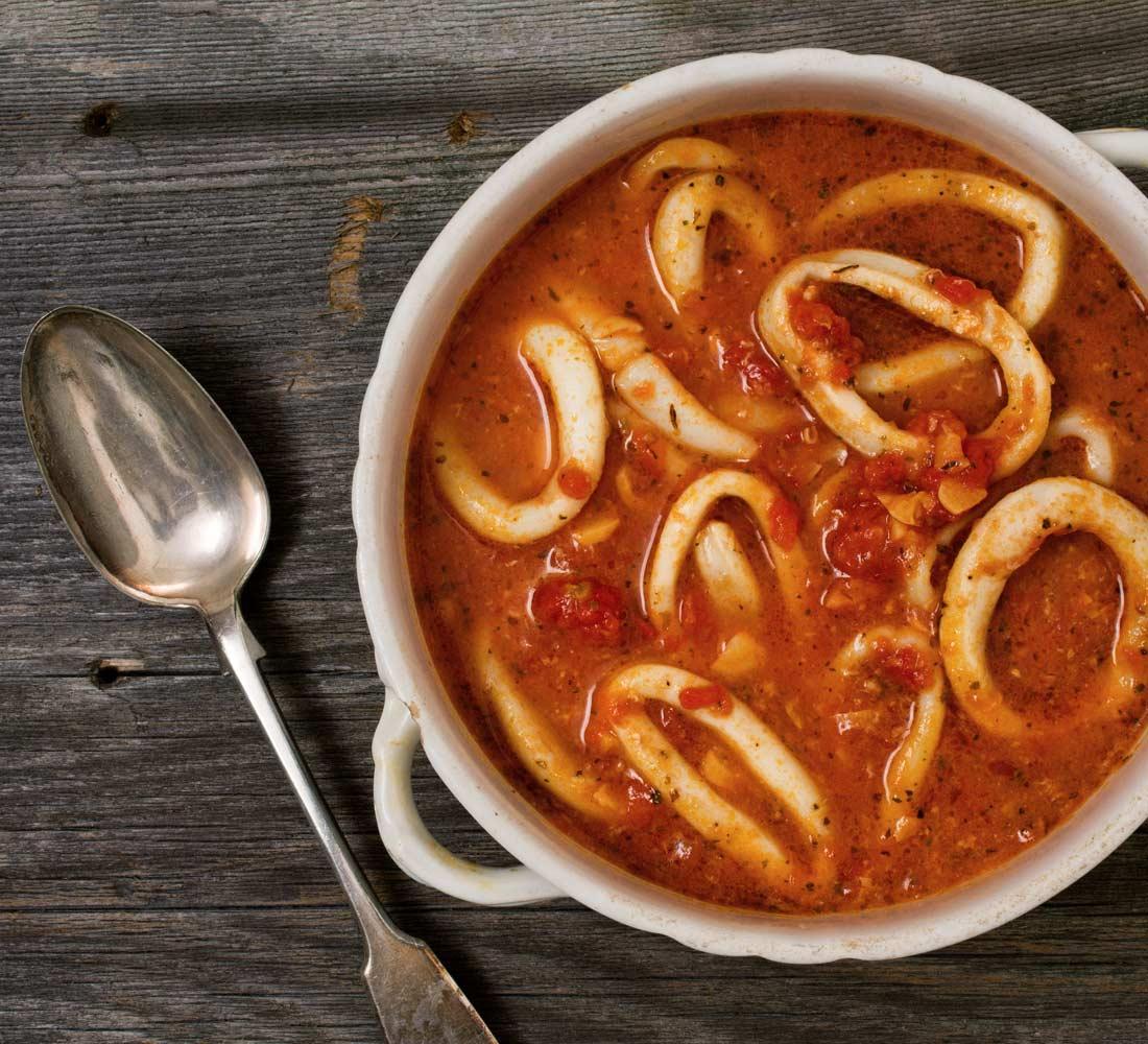 przepis na kalmary w pomidorach owoce morza recipe squid seafood in tomatoes